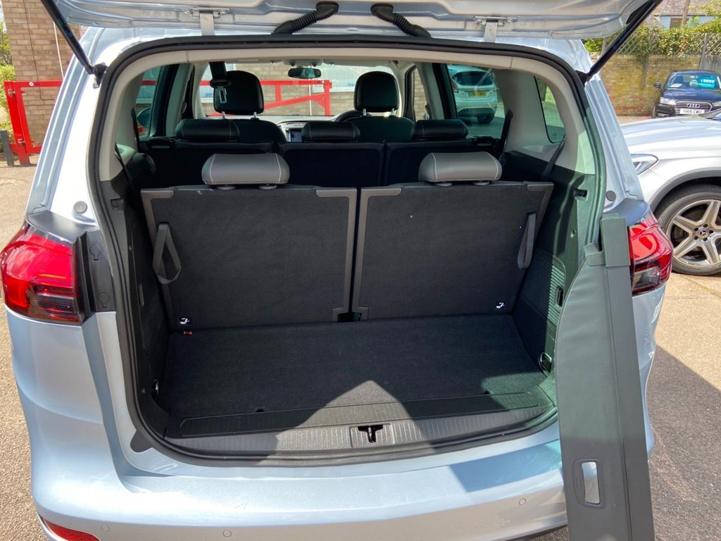 USED 2017 66 VAUXHALL ZAFIRA TOURER 1.4 SRI NAVIGATON 5d 138 BHP Leather 7 Seats