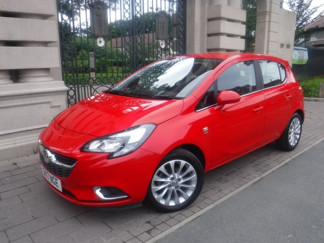 USED 2017 17 VAUXHALL CORSA 1.4 SE ECOFLEX 5d 89 BHP *** FINANCE & PART EXCHANGE WELCOME *** HALF LEATHER INTERIOR HEATED SEATS BLUETOOTH PHONE FRONT & REAR PARKING SENSORS  DAB RADIO