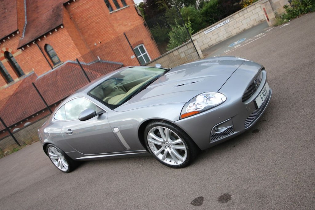 USED 2007 07 JAGUAR XK 4.2 XKR 2d 416 BHP + LOW MILES + SUPER CONDITION + NICE PLATE 2 KEEPER + LOW MILES + JAG HISTORY + STUNNING CONDITION