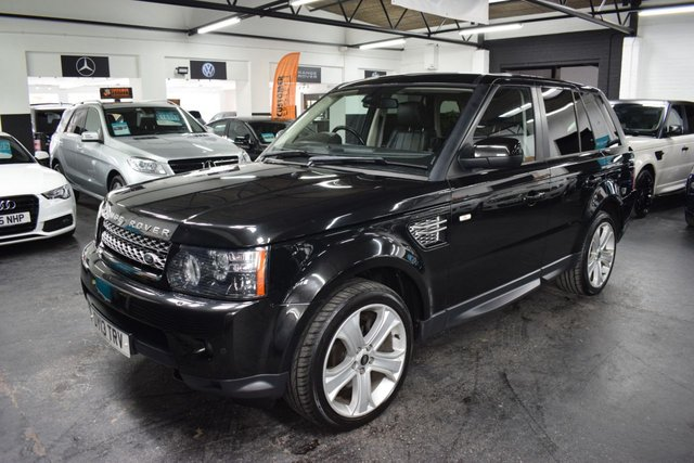 USED 2013 13 LAND ROVER RANGE ROVER SPORT 3.0 SDV6 HSE BLACK 5d 255 BHP HSE BLACK EDITON - 5 SERVICE STAMPS TO 65K - FULL BLACK LEATHER - 20 INCH LUX ALLOYS - KEYLESS - EXTENDED LEATHER - H/SEATS