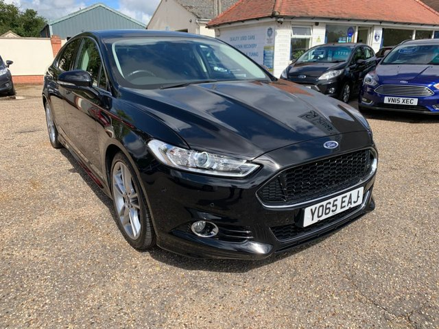 USED 2015 65 FORD MONDEO 2.0 TITANIUM 5d 238 BHP AUTOMATIC / TOP OF THE RANGE SPECIFICATION