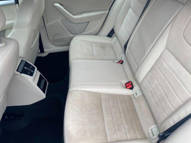 USED 2014 10 SKODA OCTAVIA 2.0 ELEGANCE TDI CR 5d 148 BHP 4X4