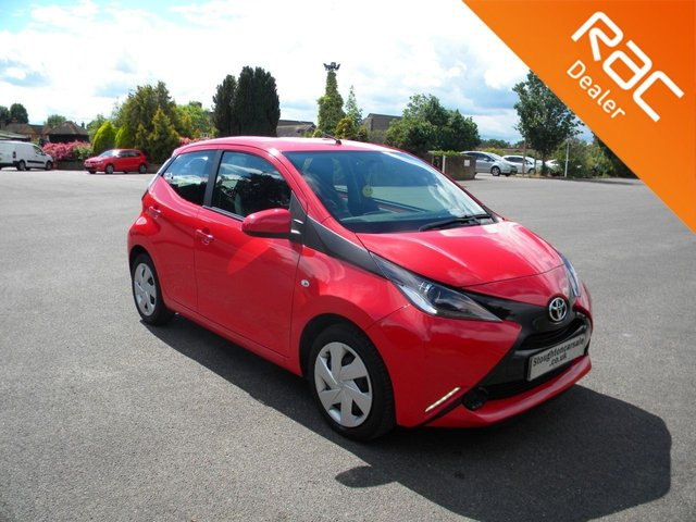 USED 2017 17 TOYOTA AYGO 1.0 VVT-I X-PLAY 5d 69 BHP BY APPOINTMENT ONLY - Still Under Toyota Warranty!, DAB, Bluetooth, Air Con