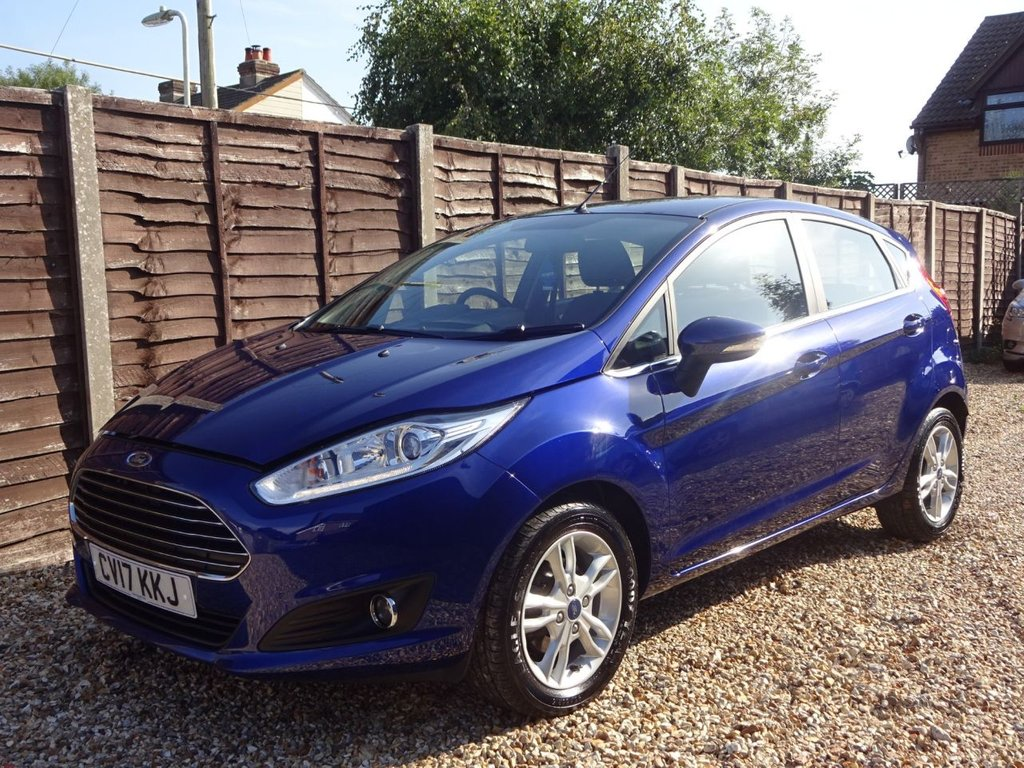 USED 2017 17 FORD FIESTA 1.0 ZETEC AUTOMATIC 5 DOOR LOW MILEAGE AUTOMATIC**LONG MOT AND SERVICE HISTORY