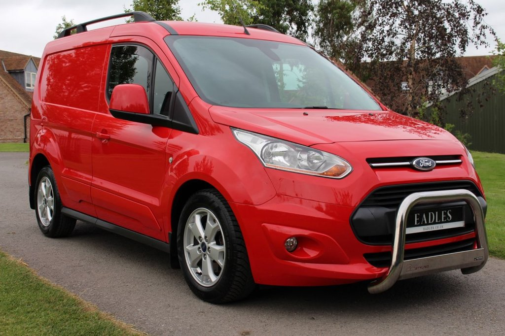 USED 2015 15 FORD TRANSIT CONNECT 1.6 200 LIMITED P/V 114 BHP NO VAT LOW MILAGE TOP SPEC LIMITED VERY CLEAN AND TIDY