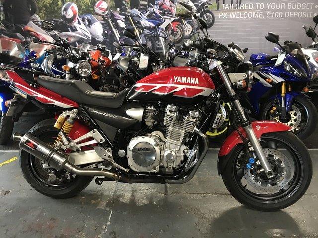 2000 W YAMAHA XJR 1300 SP