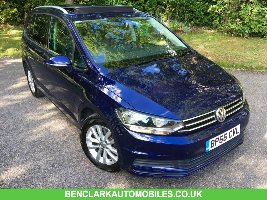 USED 2016 66 VOLKSWAGEN TOURAN 1.2 SE FAMILY TSI BLUEMOTION TECHNOLOGY 5d 109 BHP SATNAV/PANORAMIC SUNROOF/1 OWNER/7-SEATER ' GREAT CONDITION INSIDE AND OUT ,,LAST SERVICED @37,386 MILES