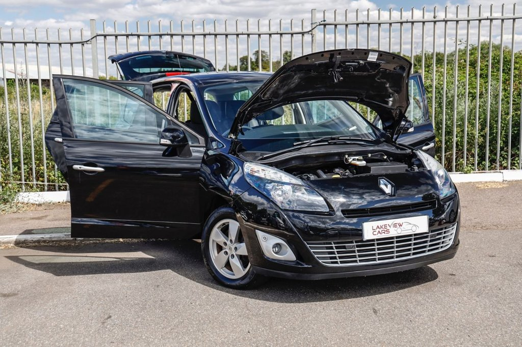 USED 2011 61 RENAULT SCENIC 1.5 DYNAMIQUE TOMTOM DCI EDC 5d 110 BHP