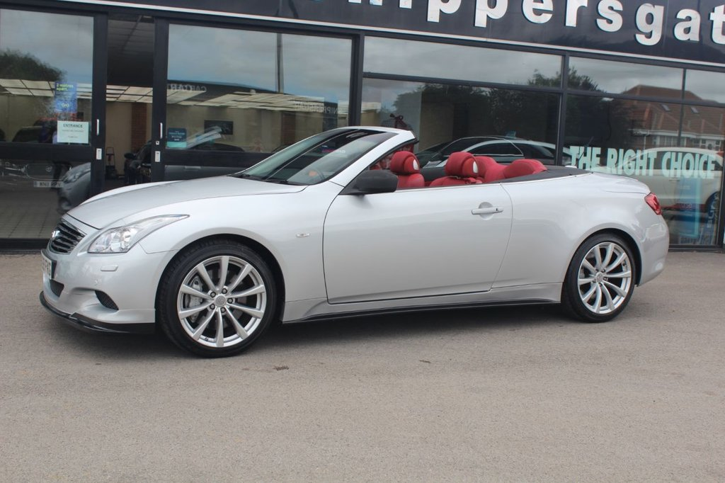 USED 2009 59 INFINITI G 3.7 G37 2d 320 BHP Fantastic specification Infinity G37, Full Read Leather Interior, Heated and Cooled Seats, BOSE Music System, Satellite Navigation, Front and Rear Parking Sensors, Electric Memory Seats, Cruise Control, Electric Folding Mirrors, Auto Headlights, Paddle Shifters, Electric Convertible Roof, dual Zone Climate Control, Rear Camera, Bluetooth Phone, Upgraded Exhaust System, 2 Keys and Book Pack, Full Service History.