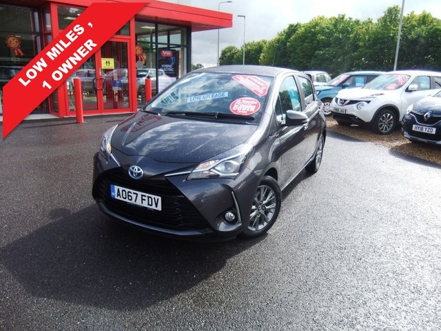 USED 2017 67 TOYOTA YARIS 1.5 VVT-I ICON TECH 5d 73 BHP 5 year Hyundai warranty