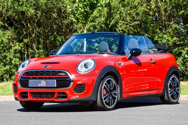 2017 17 MINI CONVERTIBLE 2.0 JOHN COOPER WORKS 2d 228 BHP