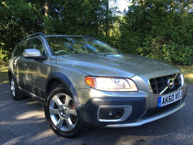 2010 60 VOLVO XC70 2.0 D3 SE 5d AUTO 161 BHP 1 RETIRED OWNER SINCE19/12/2011/ONLY 84,800 MILES/NEW CAMBELT JUST RENEWED BY US