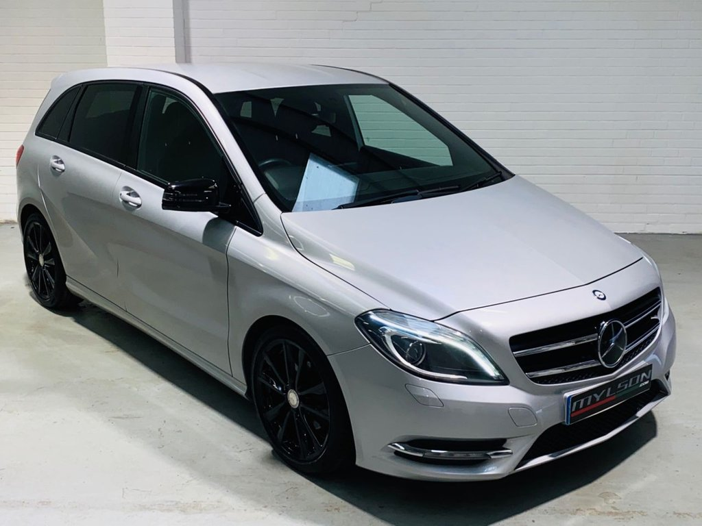 USED 2013 62 MERCEDES-BENZ B-CLASS 1.8 B180 CDI BLUEEFFICIENCY SPORT 5d 109 BHP Low Mileage, Great Spec including Privacy Glass, Reverse Camera, Gloss Black Wheels