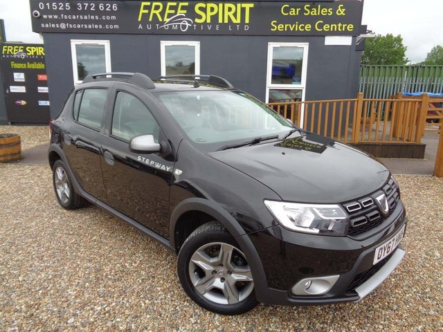 USED 2017 67 DACIA SANDERO 0.9 TCe Ambiance Stepway (s/s) 5dr Bluetooth, 1 Owner, USB/AUX