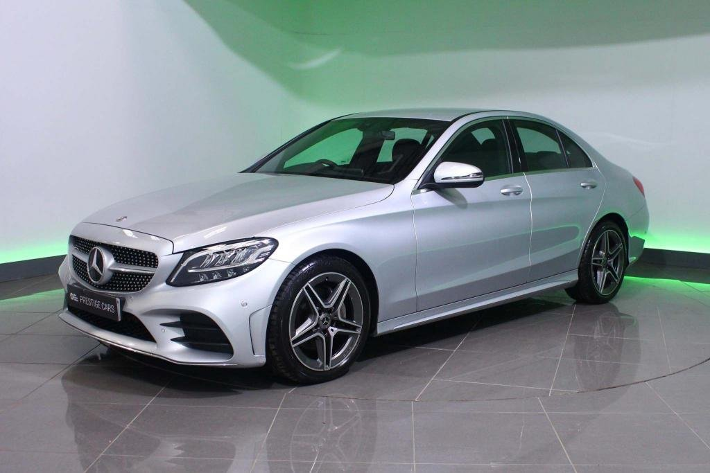 USED 2019 69 MERCEDES-BENZ C-CLASS 2.0 C220d AMG Line G-Tronic+ (s/s) 4dr SAT NAV - HEATED SEATS - DAB