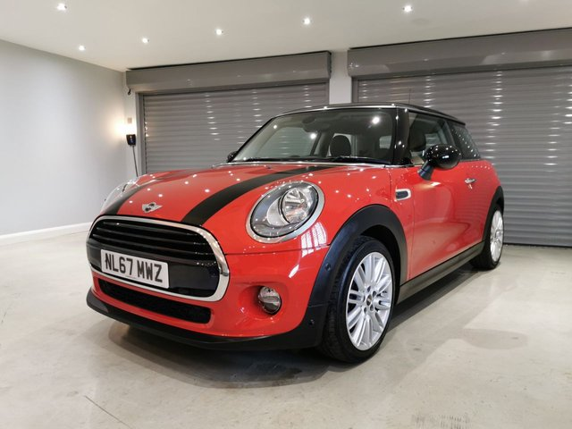 "USED 2017 67 MINI HATCH COOPER 1.5 COOPER 3d 134 BHP ONE OWNER + 17"" TENTACLE SPOKE ALLOYS + BLACK CONTRAST ROOF"