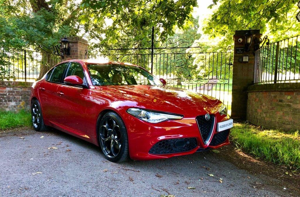 USED 2018 18 ALFA ROMEO GIULIA 2.0L TB VELOCE 4d AUTO 277 BHP OVER £1000 OF FACTORY EXTRAS