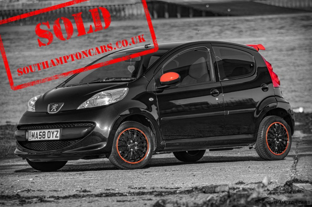USED 2008 58 PEUGEOT 107 1.0 URBAN 5d 68 BHP [�£20 TAX] CHEAP SMALL 5 DOOR CAR__£20 TAX_FULL SERVICE HISTORY - 7 STAMPS_NEW MOT