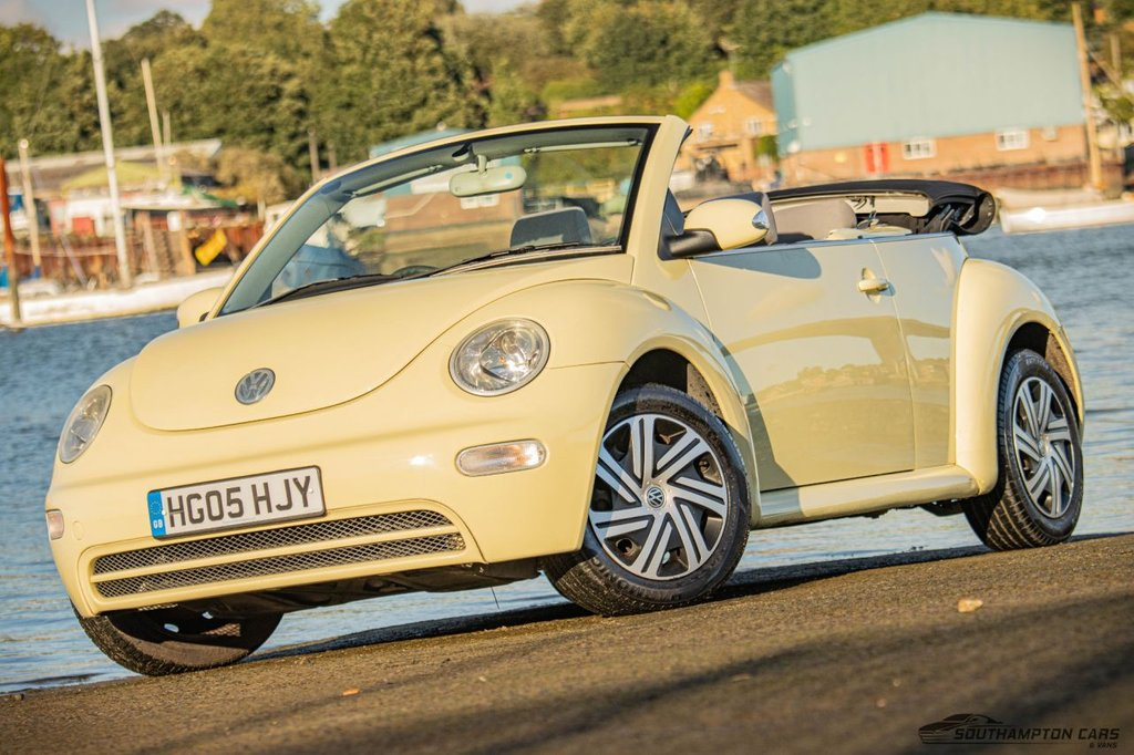 USED 2005 05 VOLKSWAGEN BEETLE 1.6 8V 101 BHP CONVERTIBLE 2dr