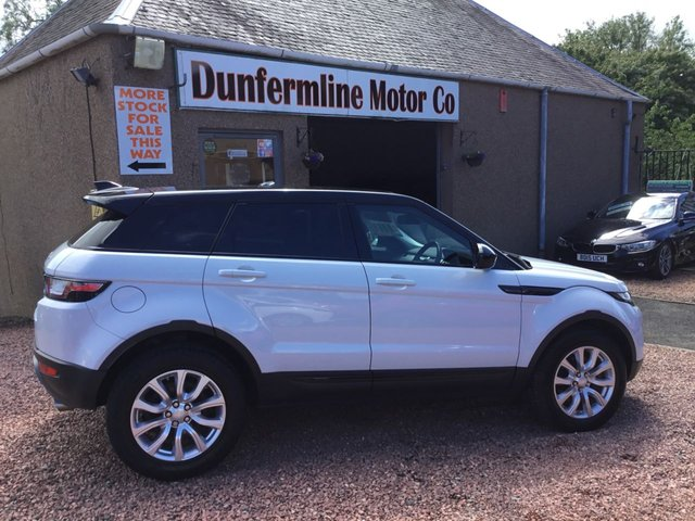 USED 2015 65 LAND ROVER RANGE ROVER EVOQUE 2.0 TD4 SE TECH 5d 177 BHP ++LOW MILEAGE DIESEL AUTOMATIC++