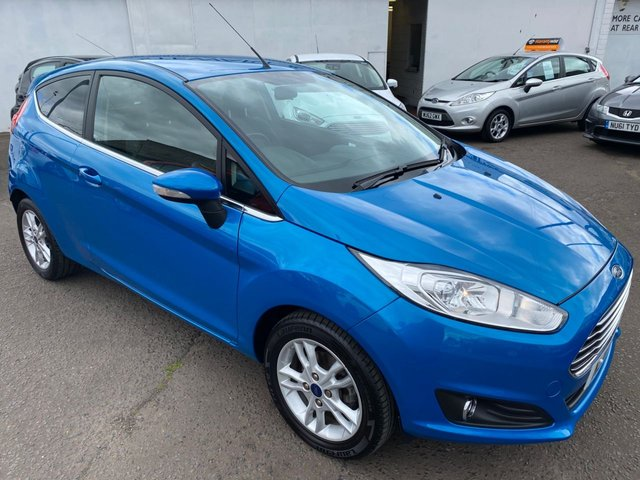 USED 2015 15 FORD FIESTA 1.2 ZETEC 3d 81 BHP CHEAP CAR VERY LOW MILEAGE