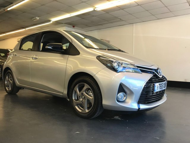USED 2015 65 TOYOTA YARIS 1.5 HYBRID ICON 5d 73 BHP HYBRID, NIL ROAD TAX, FULL TOYOTA SH, 1 OWNER