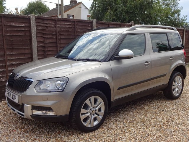 USED 2017 17 SKODA YETI 1.2 TSi OUTDOOR SE L 5DOOR ONE OWNER! VERY LOW MILEAGE!
