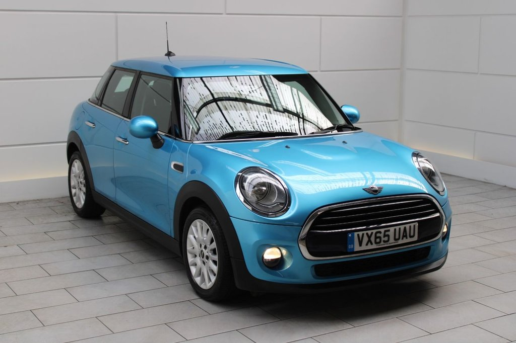 USED 2015 65 MINI HATCH COOPER 1.5 Cooper D (start/stop)[CHILI-MEDIA PACK XL]