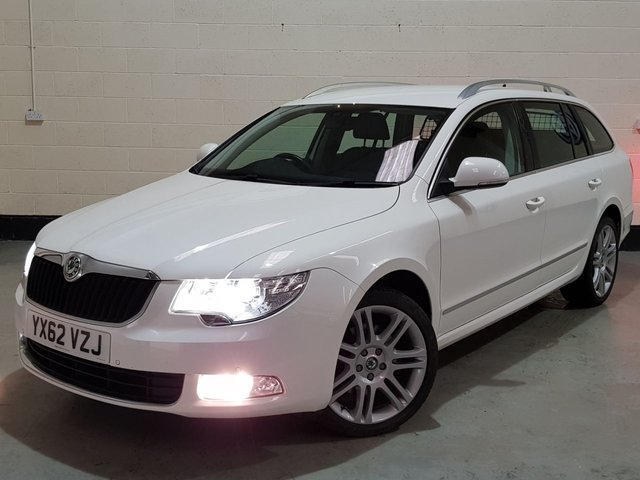 USED 2012 62 SKODA SUPERB 2.0 ELEGANCE TDI CR DSG 5d 140 BHP 1 Previous Owner/ Sat-Nav/ Heated Leather/ Park Sensors