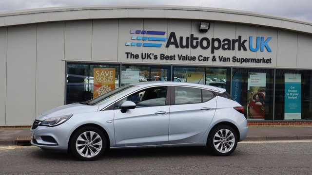 USED 2016 66 VAUXHALL ASTRA 1.0 DESIGN ECOFLEX S/S 5d 104 BHP LOW DEPOSIT OR NO DEPOSIT FINANCE AVAILABLE . USABILITY INSPECTED AND WITH WARRANTY + LOW COST EXTENDED WARRANTY AVAILABLE . ALWAYS DRIVING DOWN PRICES .