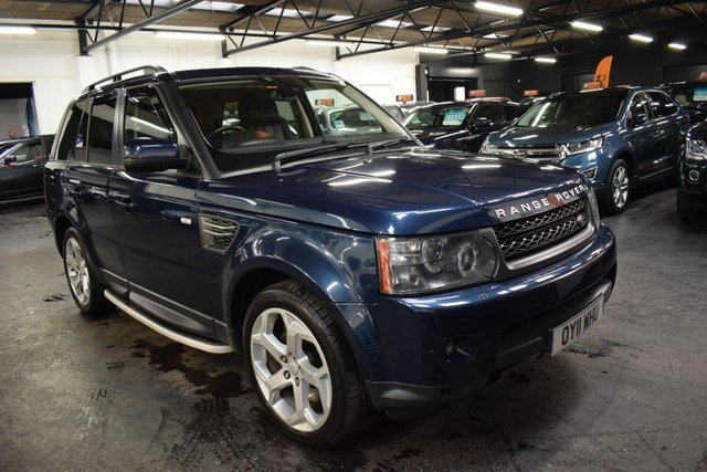 USED 2011 11 LAND ROVER RANGE ROVER SPORT 3.0 TDV6 HSE 5d 245 BHP LOVELY LOW MILEAGE EXAMPLE - LANDROVER S/H INCL NEW ENGINE AT LANDROVER IN 2017 - 20 INCH ALLOYS - SIDE STEPS - REAR DVD SCREENS - PRIVACY GLASS