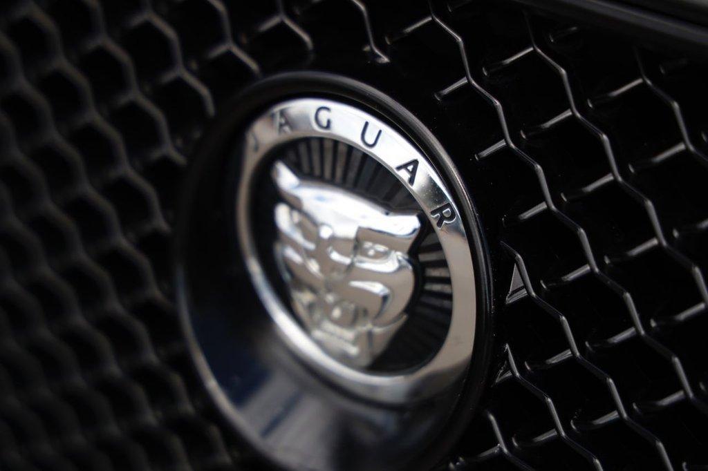 USED 2011 61 JAGUAR XF 2.2 D LUXURY 4d 190 BHP
