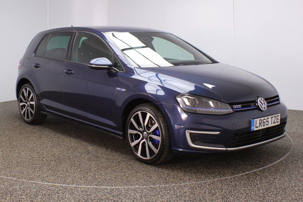 USED 2015 65 VOLKSWAGEN GOLF 1.4 GTE 5DR AUTO 150 BHP FULL SERVICE HISTORY + FREE 12 MONTHS ROAD TAX + PARKING SENSOR + BLUETOOTH + CRUISE CONTROL + CLIMATE CONTROL + MULTI FUNCTION WHEEL + XENON HEADLIGHTS + DAB RADIO + AUX/USB/SD PORTS + PRIVACY GLASS + ELECTRIC WINDOWS + ELECTRIC/HEATED/FOLDING DOOR MIRRORS + 18 INCH ALLOY WHEELS