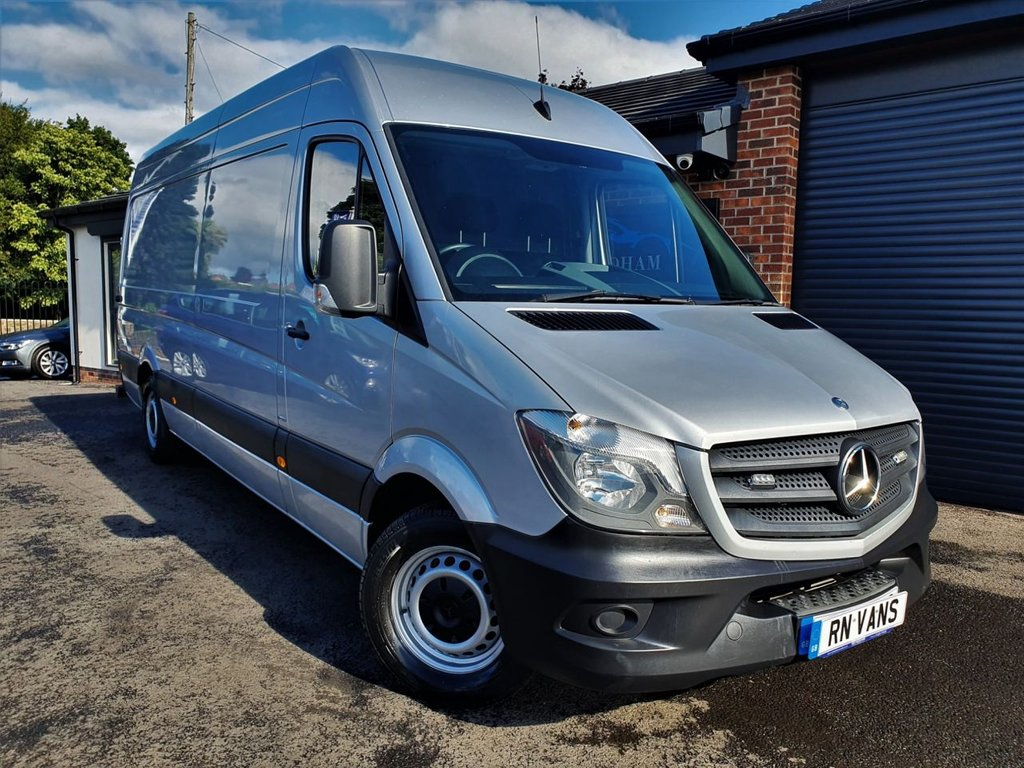 USED 2015 15 MERCEDES-BENZ SPRINTER 2.1 313 CDI LWB 129 BHP *** 1 OWNER - BLUETOOTH - AIR CON ***