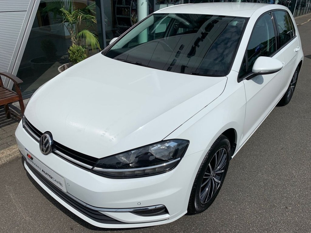 USED 2017 17 VOLKSWAGEN GOLF 2017/17 - 1.0 MATCH EDITION TSI BLUEMOTION 5d 114 BHP + 65.7 MPG + ONLY GROUP 13 CAR INSURANCE + FSH