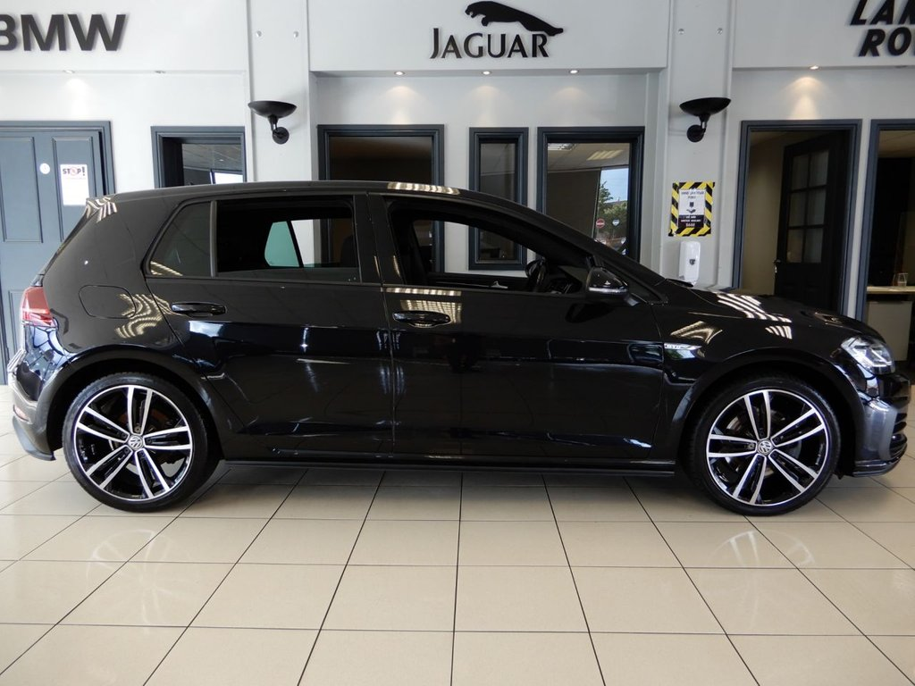 """USED 2018 18 VOLKSWAGEN GOLF 2.0 GTD TDI 5d 182 BHP FINISHED IN STUNNING METALLIC BLACK WITH FULL CLOTH CHECKER HEATED SEATS + 1 OWNER FROM NEW WITH A DOCUMENTED SERVICE HISTORY + VIRTUAL COCKPIT WITH NAVIGATION + DISCOVERY SATELLITE NAVIGATION + APPLE CARPLAY + ANDROID AUTO + MIRROR LINK + BLUETOOTH MEDIA + 18"""" UNMARKED DIAMOND CUT ALLOY WHEELS + STUNNING CAR IN SHOWROOM CONDITION + DUAL ZONE AIR CONDITONING + CLIMATE CONTROL + AUTOMATIC ADAPTIVE LED HEADLIGHTS WITH DAYTIME RUNNING LIGHTS + COMES WITH THE BALANCE OF VOLKSWAGENS MANUFACTURERS WAR"""