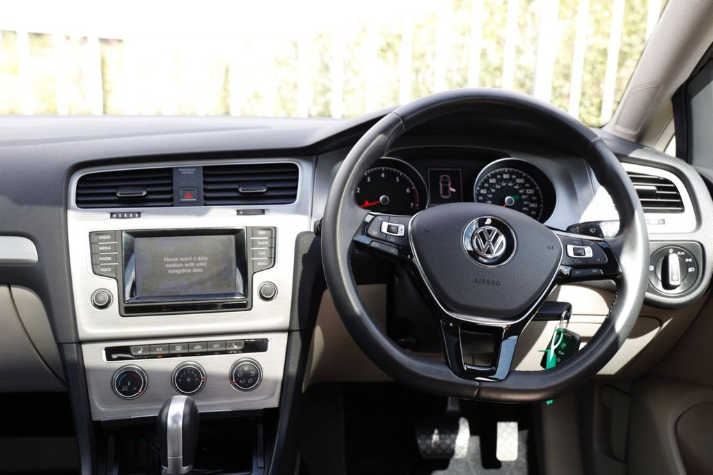 USED 2014 64 VOLKSWAGEN GOLF 1.4 SE TSI BLUEMOTION TECHNOLOGY DSG 5d 120 BHP