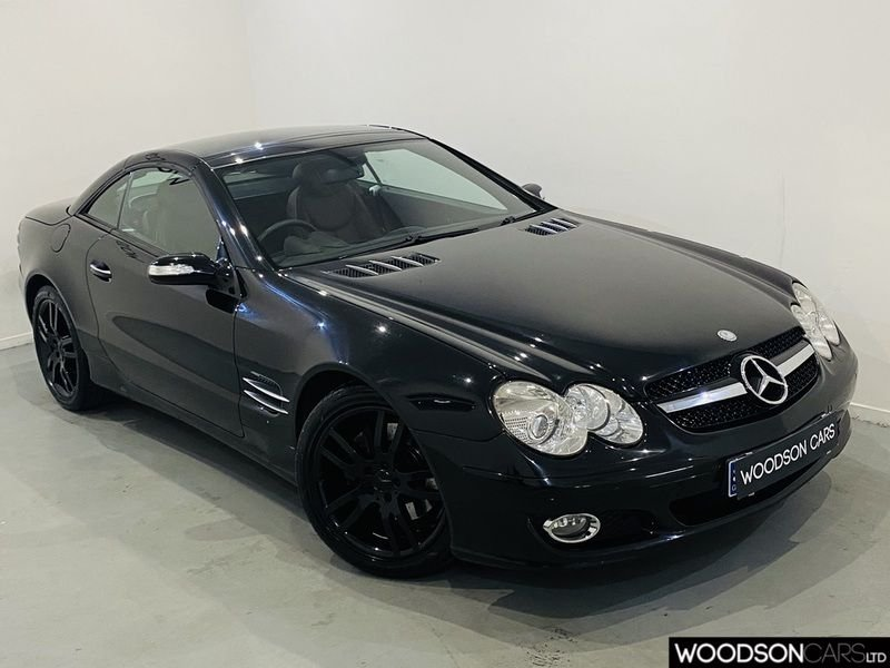 USED 2006 06 MERCEDES-BENZ SL 3.5 SL350 2d 272 BHP Glass Roof / Midnight Pack / Gloss Black Alloys / Parking Sensors / Cruise Control / Sat Nav