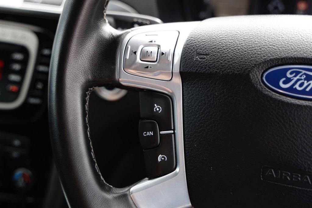 USED 2010 60 FORD S-MAX 2.0 TITANIUM 5d 201 BHP