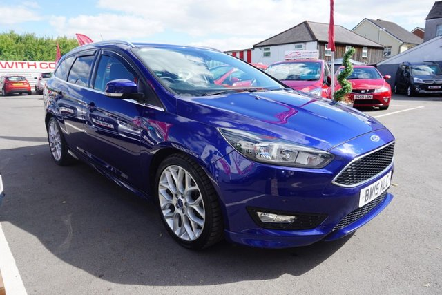 USED 2015 15 FORD FOCUS 1.5 ZETEC S TDCI 5d 118 BHP FINSHED IN DEEP IMPACT BLUE METALLIC