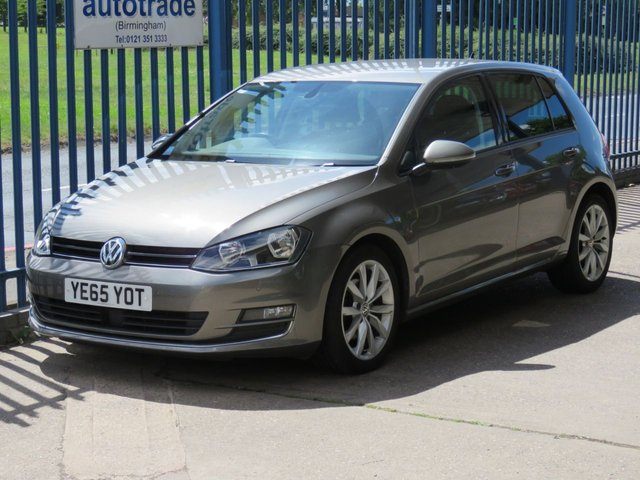 USED 2015 65 VOLKSWAGEN GOLF 1.6 GT TDI BLUEMOTION TECHNOLOGY 5d 109 BHP SAT NAV, BLUETOOTH, SERVICE HISTORY, ULEZ COMPLIANT. SAT NAV, SERVICE HISTORY, DAB, CRUISE CONTROL, PRIVACY GLASS, POWER FOLDING DOOR MIRRORS,