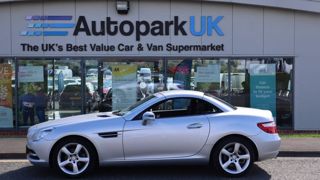 USED 2012 12 MERCEDES-BENZ SLK 1.8 SLK200 BLUEEFFICIENCY 2d 184 BHP LOW DEPOSIT OR NO DEPOSIT FINANCE AVAILABLE . USABILITY INSPECTED AND WITH WARRANTY + LOW COST EXTENDED WARRANTY AVAILABLE . ALWAYS DRIVING DOWN PRICES .
