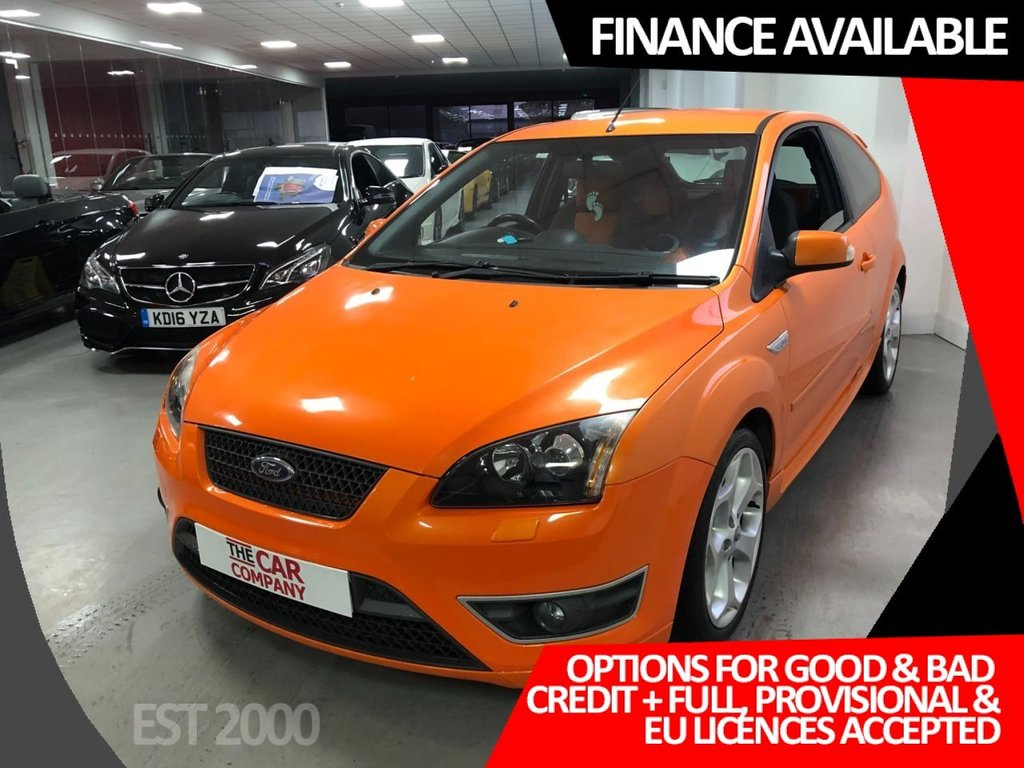 USED 2007 57 FORD FOCUS 2.5 ST-2 3d 225 BHP * AIR CON * ALLOYS * 2 OWNER *  2 KEYS * 10 SERVICE STAMPS * XENON HEADLIGHTS * REAR PARKING SENSORS *