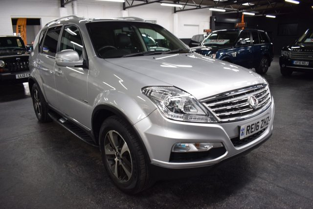 USED 2016 16 SSANGYONG REXTON 2.2 EX 5d 176 BHP 4X4 7 SEATS ONLY 16K MILES FROM NEW - ONE PREVIOUS KEEPER - SSANGYONG S/H - 4X4 - AUTO - DIESEL - 7 SEATS - PRIVACY - LEATHER - TOWBAR