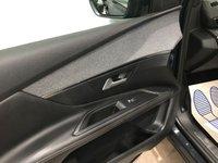 USED 2017 17 PEUGEOT 3008 1.2 PURETECH S/S GT LINE 5d 130 BHP