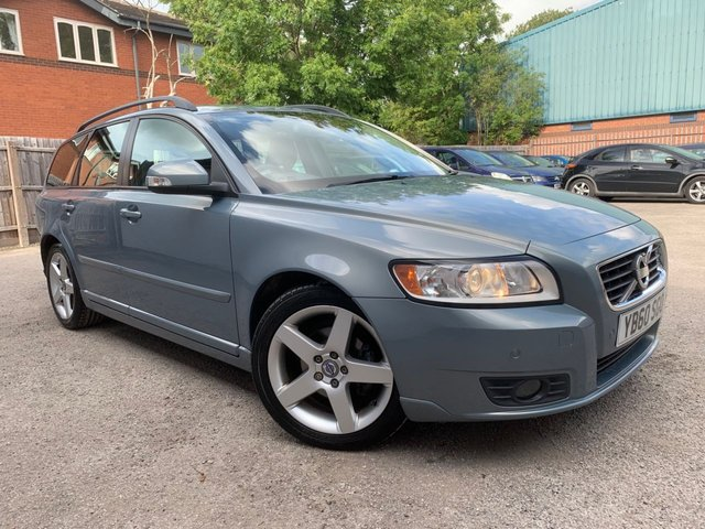 USED 2011 60 VOLVO V50 1.6 D2 SE 5d 113 BHP £30 A YEAR TAX, FULL S HISTORY, FRONT AND REAR PARKING SENSORS