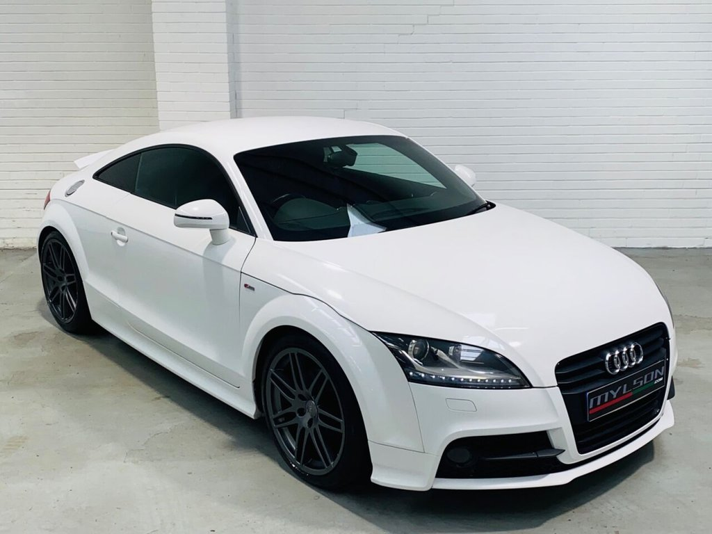 USED 2011 61 AUDI TT 2.0 TFSI BLACK EDITION 2d 208 BHP Black Edition Spec, 19in RS Wheels, Xenons, Black Leather Interior