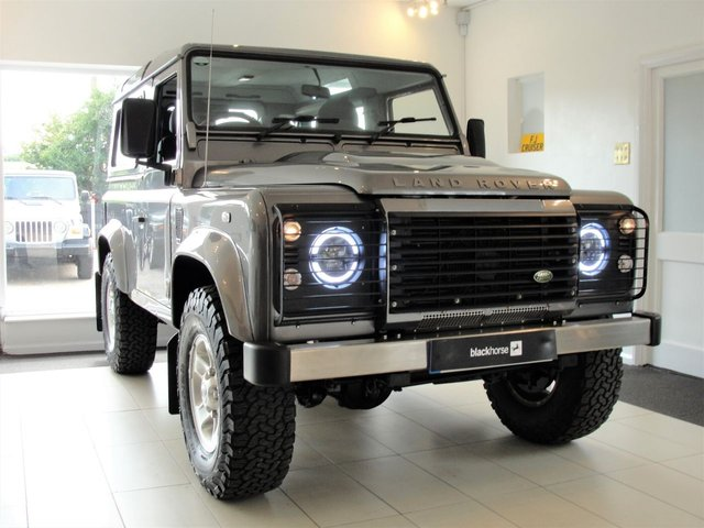2009 59 LAND ROVER DEFENDER 2.4 90 XS STATION WAGON 3d 122 BHP