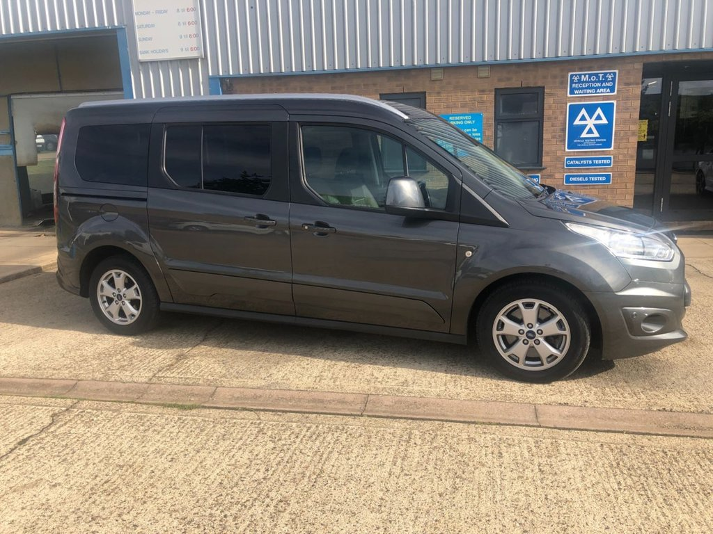 USED 2017 17 FORD GRAND TOURNEO CONNECT 1.5 TITANIUM TDCI 5d 118 BHP 7 SEAT CONNECT GRAND GREAT SPEC