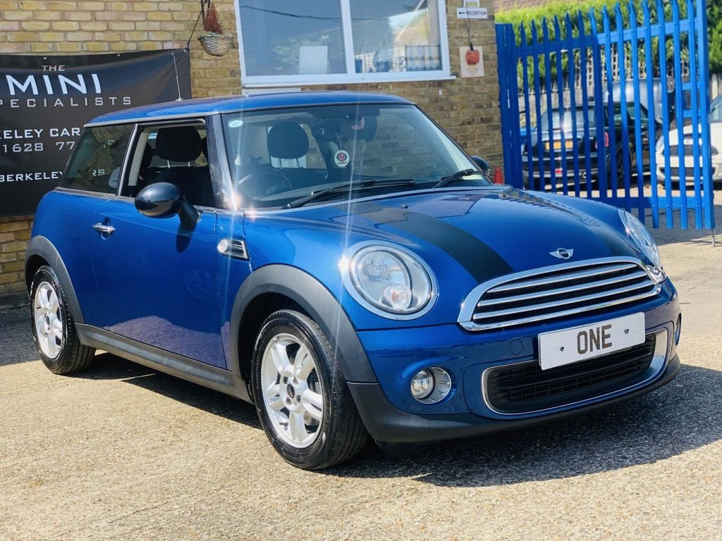 USED 2014 63 MINI HATCH ONE 1.6 ONE 3d 98 BHP WE SPECIALISE IN MINI'S!!!!!!